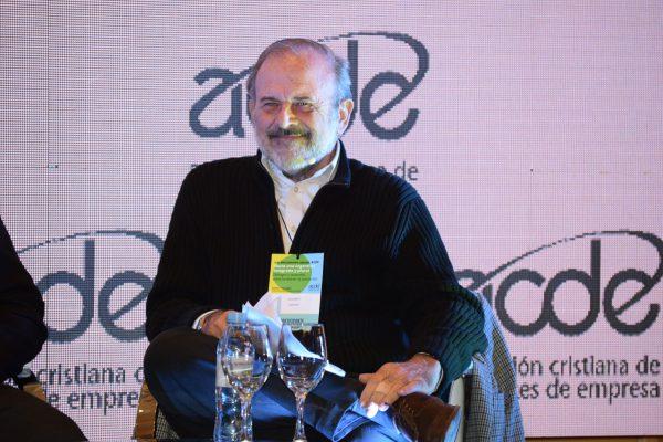 28. Amadeo